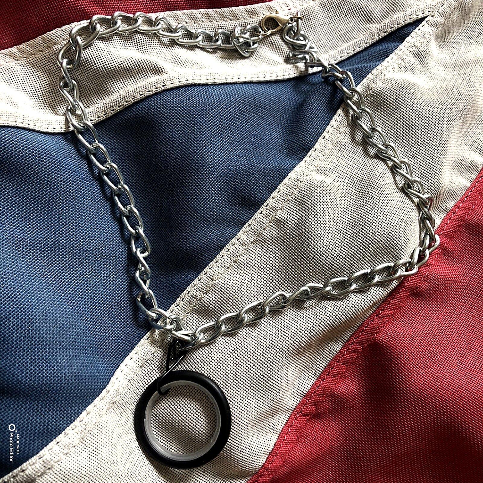Oversized o-ring necklace