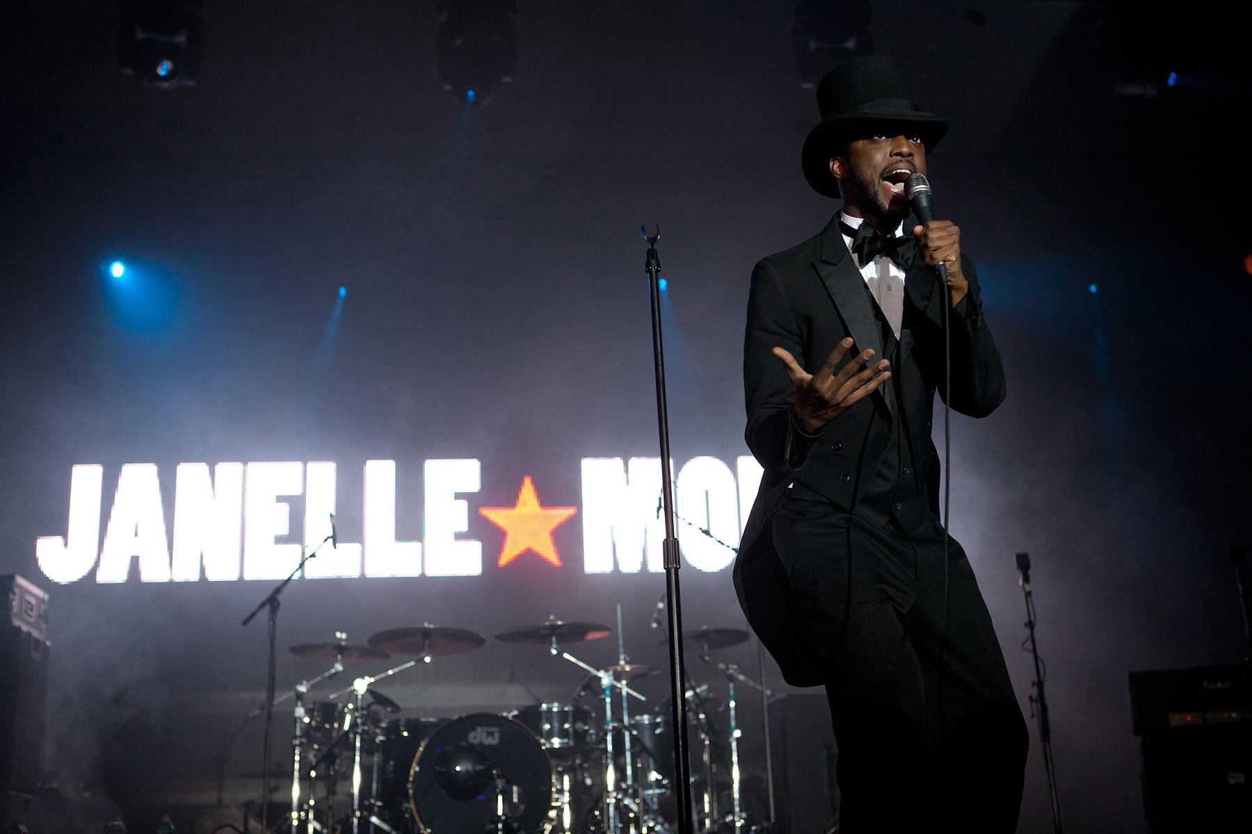 Janelle Monae @ CMF Indie Awards 2011
