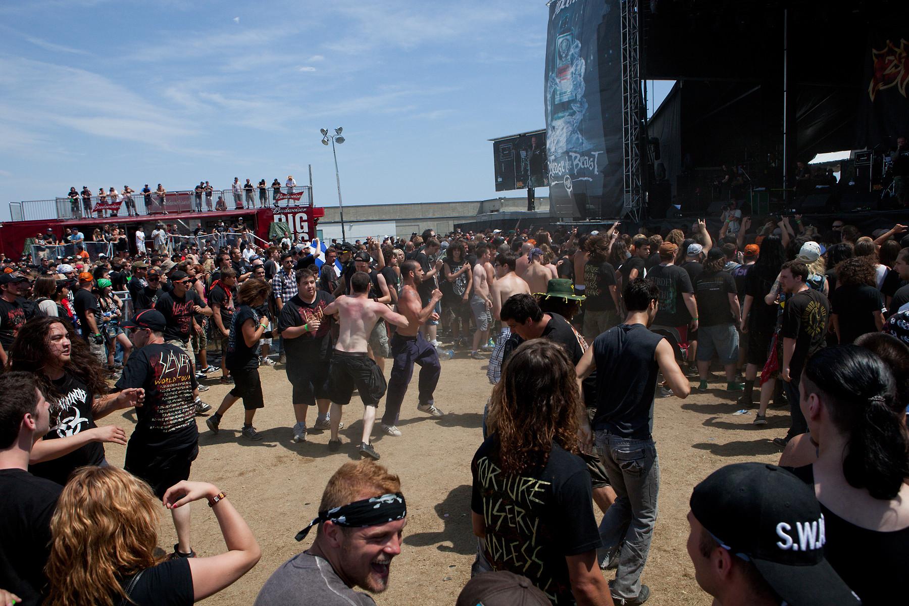 Exodus Pit @ Heavy T.O. 2011