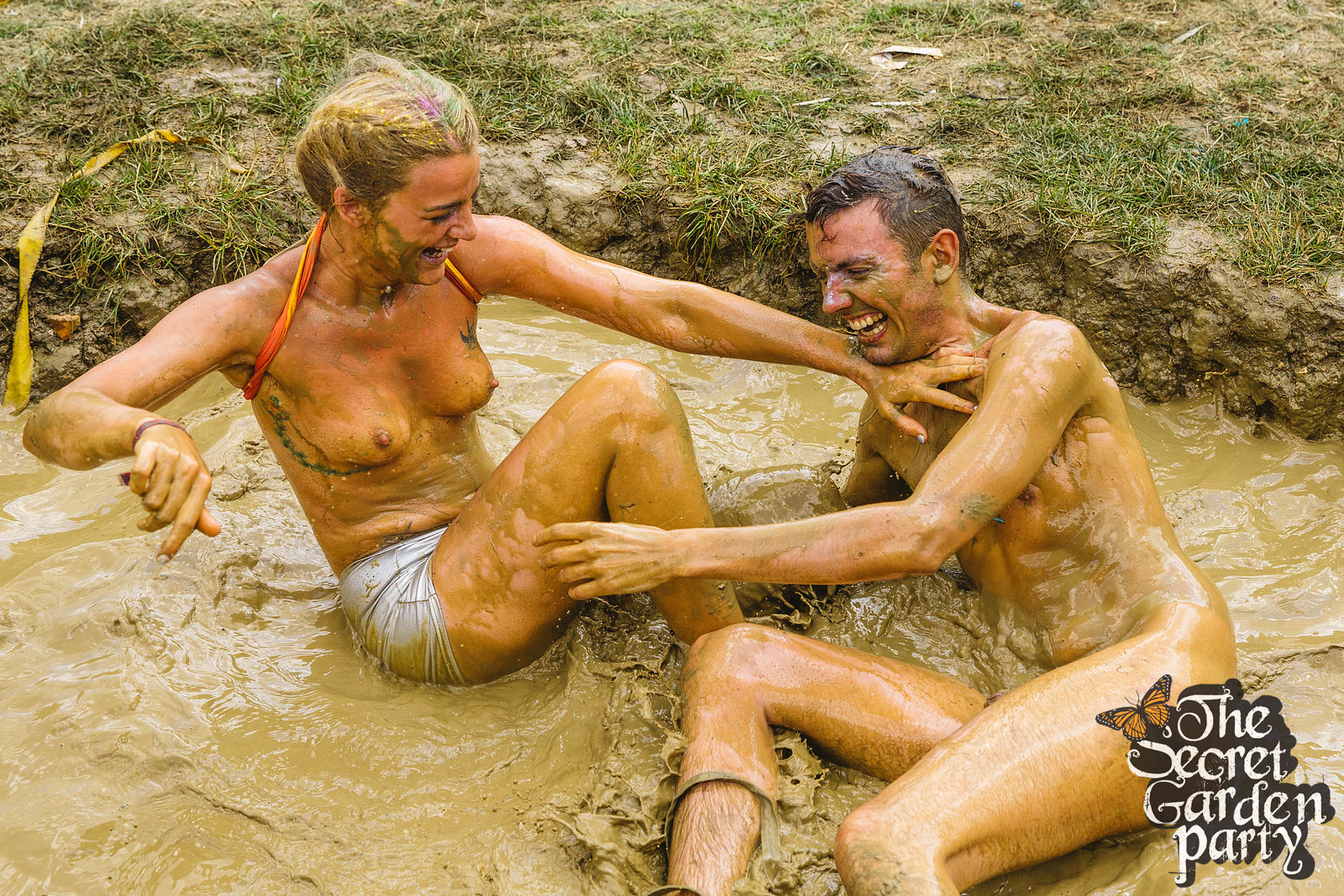 Wrestling Mud Women Sex 62