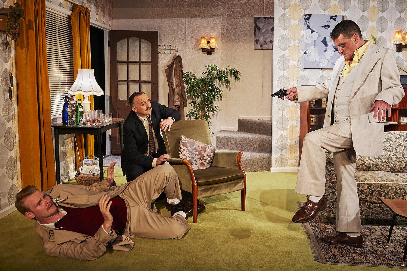 Sheringham Little Theatre- Funny Money