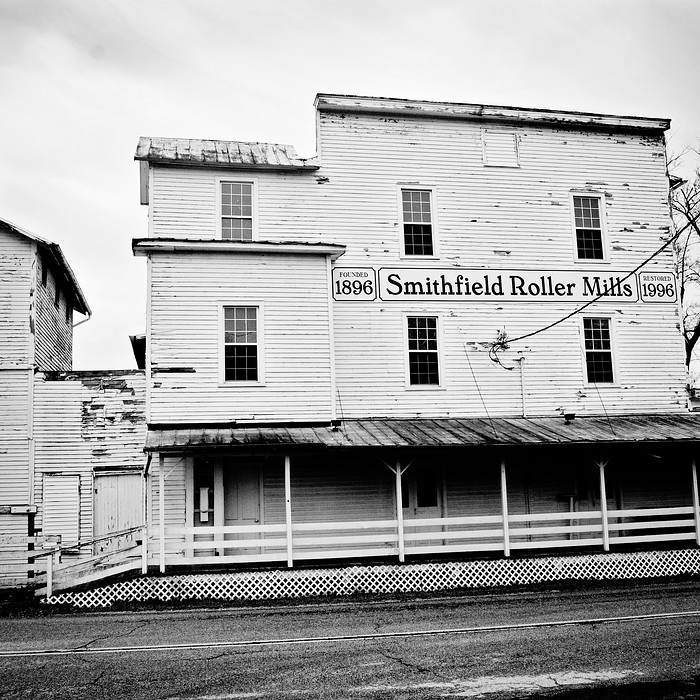 smithfield roller mills