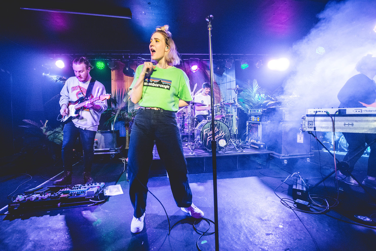 Fickle Friends at Chinnery's, Southend-On-Sea, March 2018