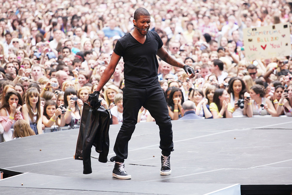Usher on stage at The Summertime Ball