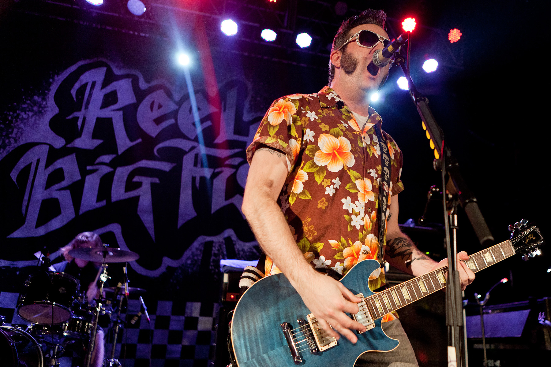 Giles smith leeds music photographer gallery reel for Reel big fish