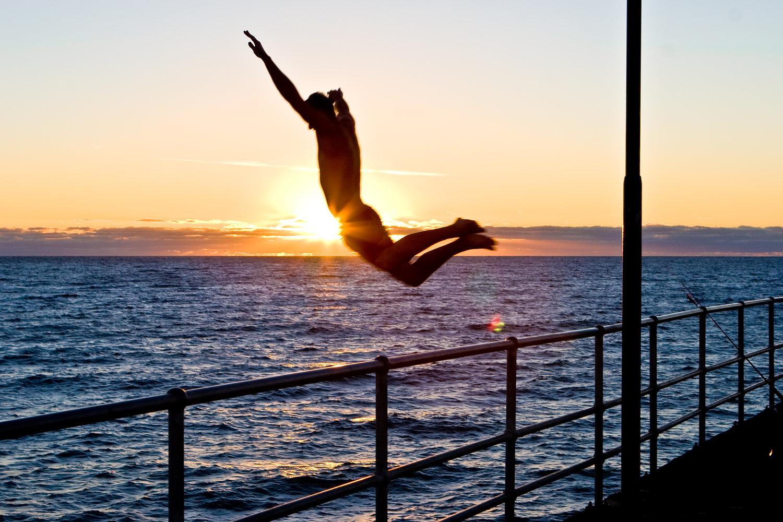 Pier Jumper - Australia