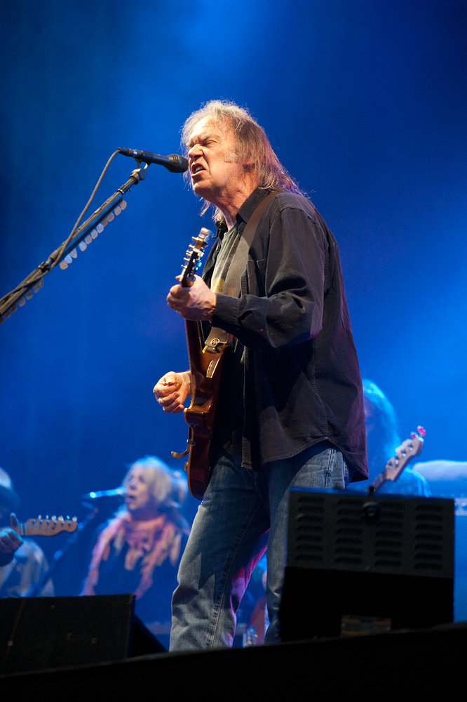 Neil Young - Hard Rock Calling 2009