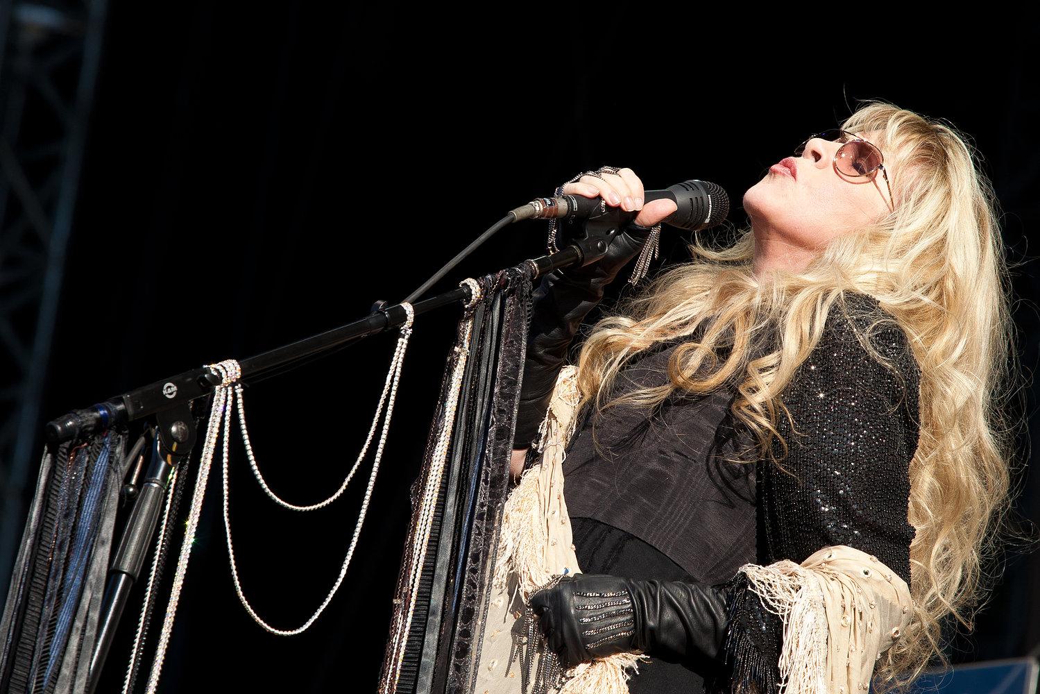 Stevie Nicks - Hard Rock Calling 2011