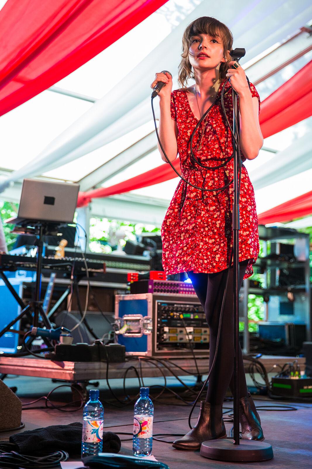 Chvrches - Latitude Festival 2013