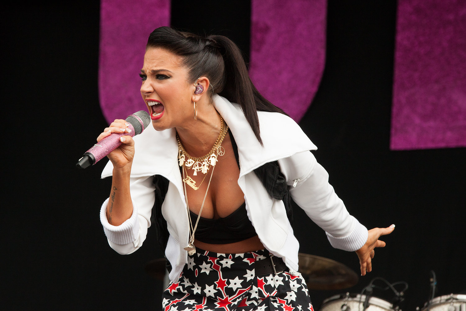 Tulisa - Wireless Festival 2012