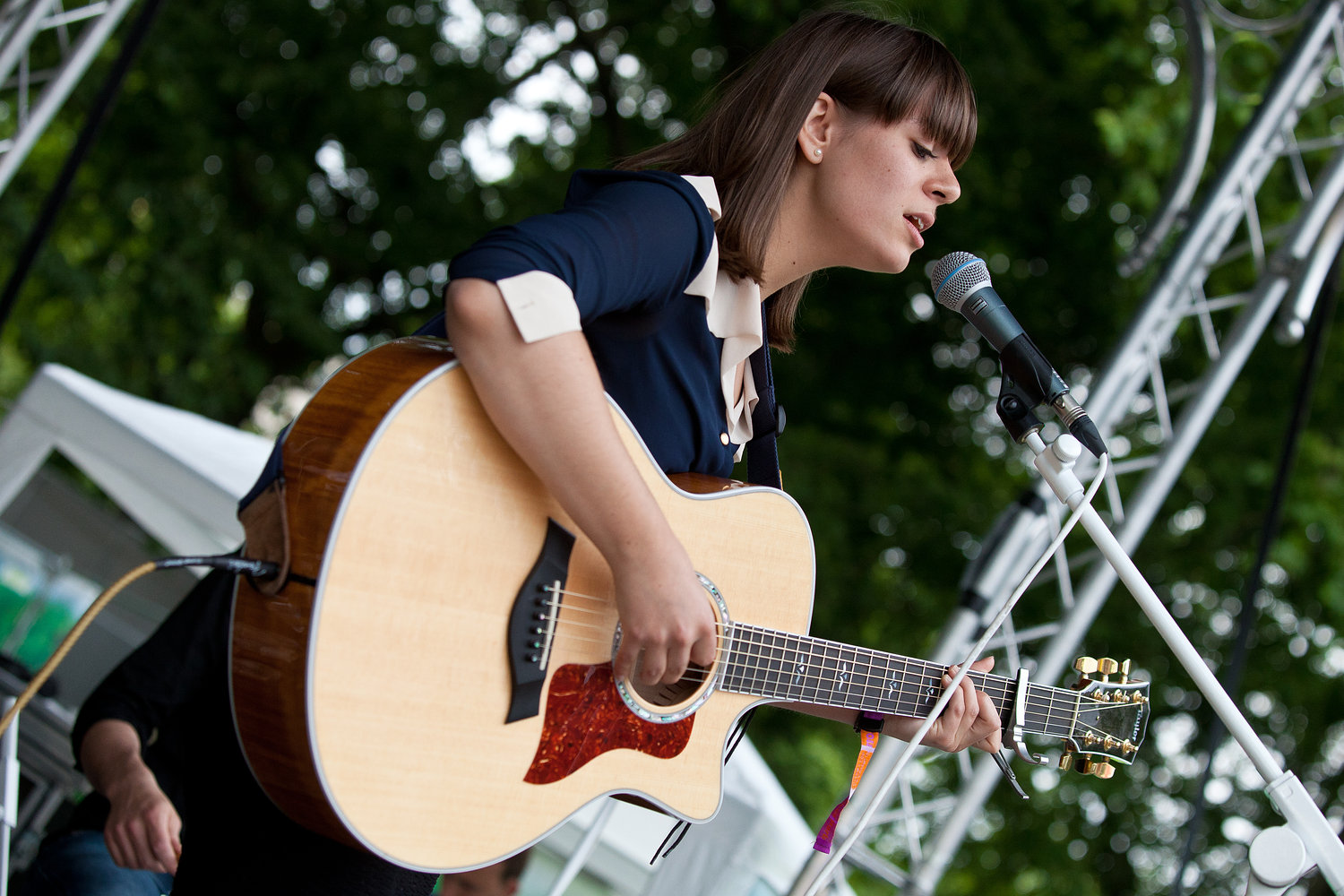 Liz Lawrence - Wireless Festival 2011