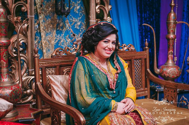 Aisha Mehndi 25