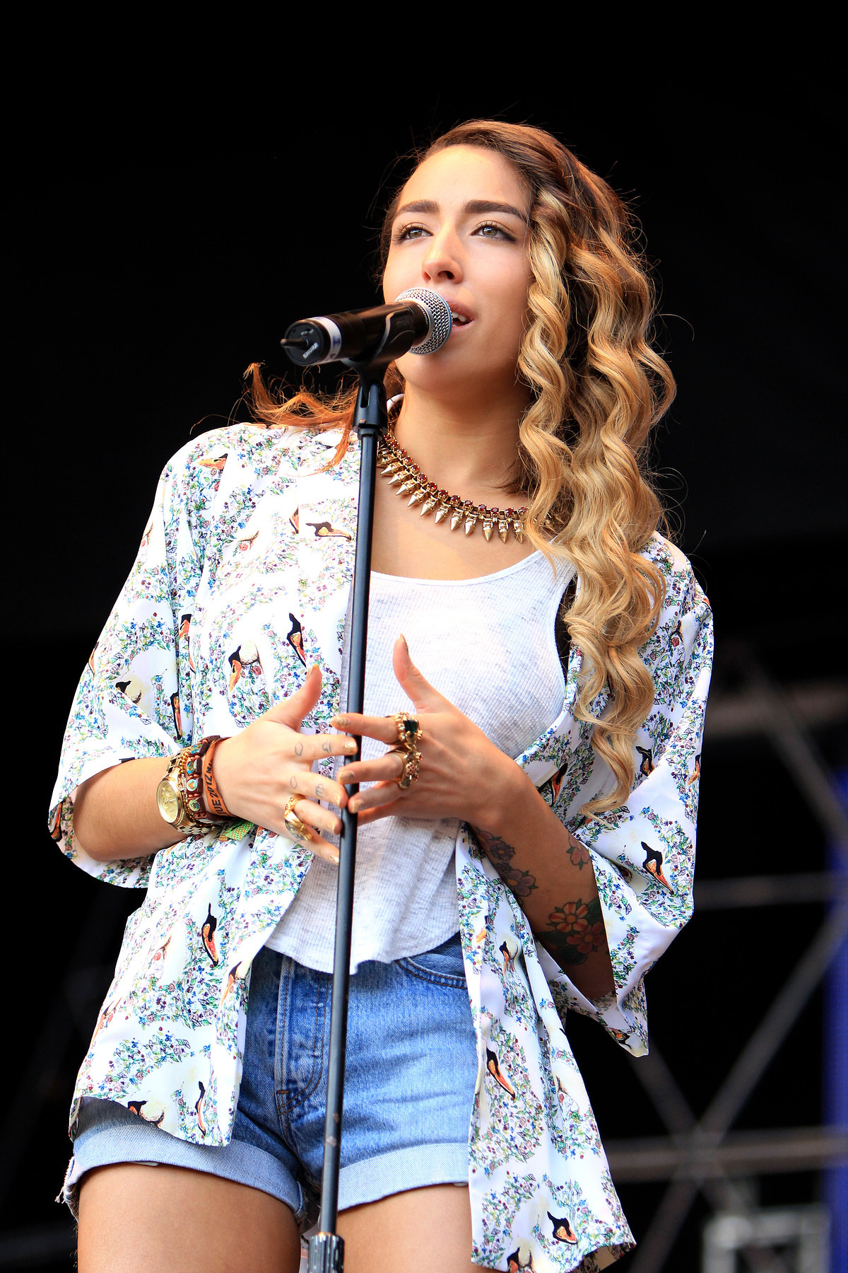 Delilah - Bingley Music Live 2012 (portrait)