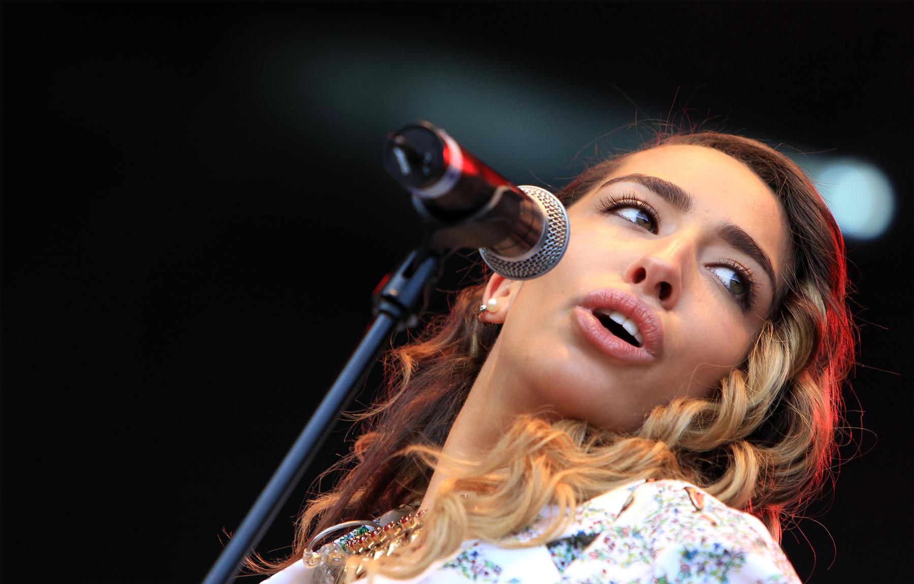 Delilah - Bingley Music Live 2012 Large