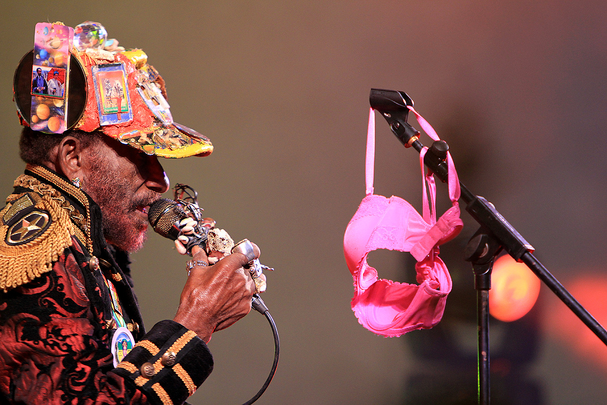 Scratch lee perry with bra