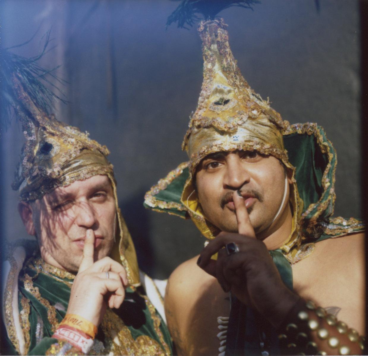King Khan And BBQ