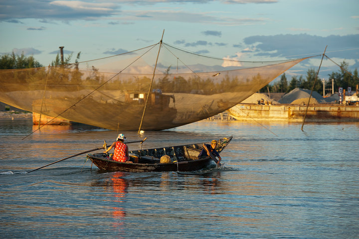 Boat and Chinese Fishing Net